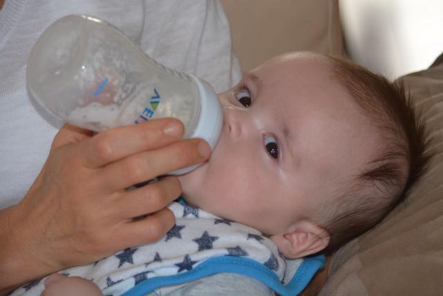 Mleko modyfikowane może zastąpić to naturalne