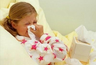 Małe dzieci nie potrafią samodzielnie wydmuchać noska