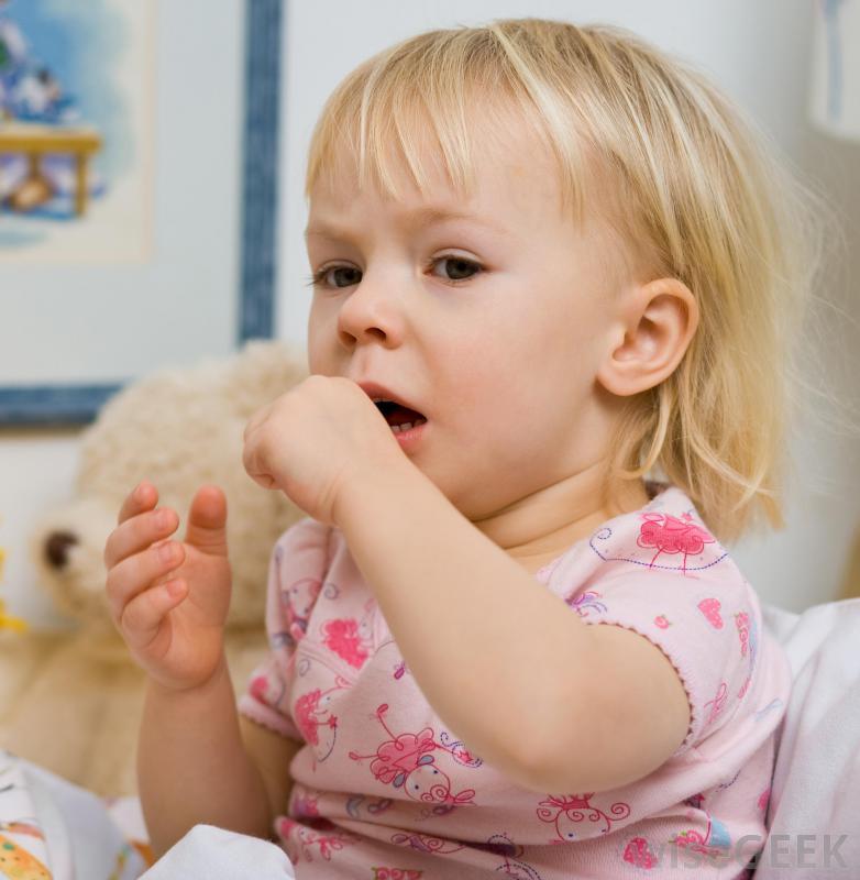 """""""Szczekający"""" kaszel u niemowląt i dzieci może być bardzo groźny"""