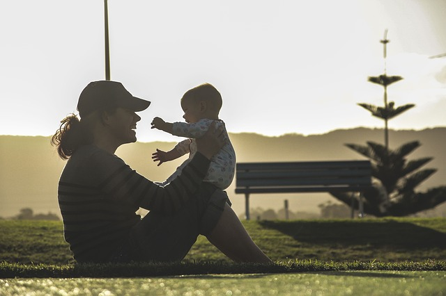 Mama może ćwiczyć razem z dzieckiem