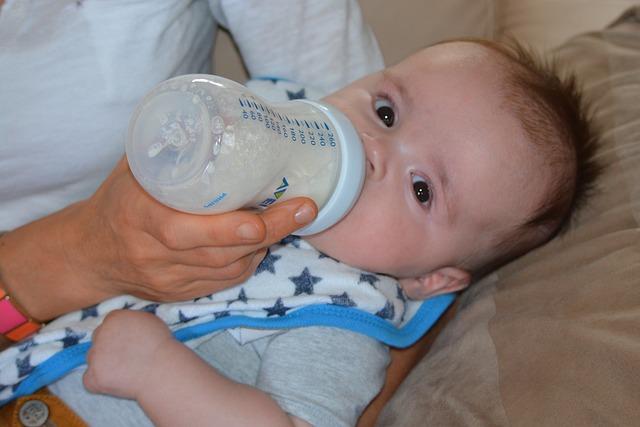 Mleko modyfikowane ma równie bogaty skład, jak mleko mamy